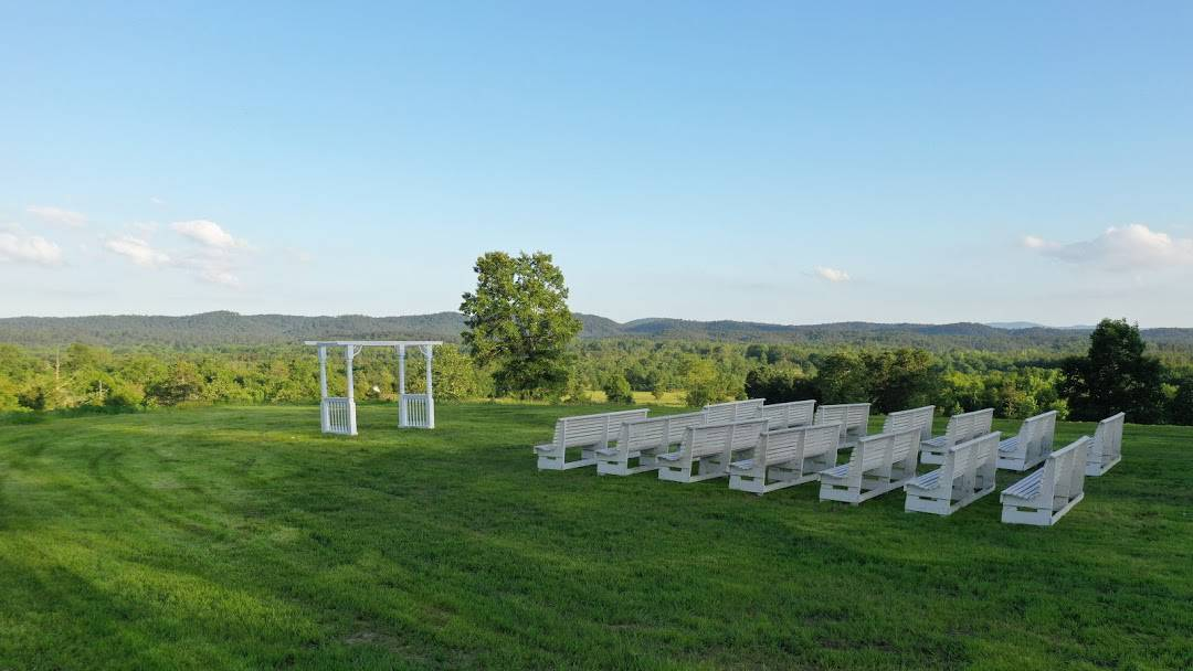 A View to Remember Wedding Venues In Arkansas