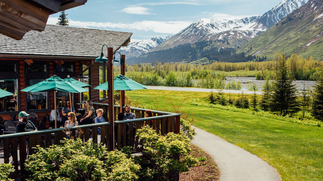 Seward Windsong Lodge Wedding Venues in Alaska