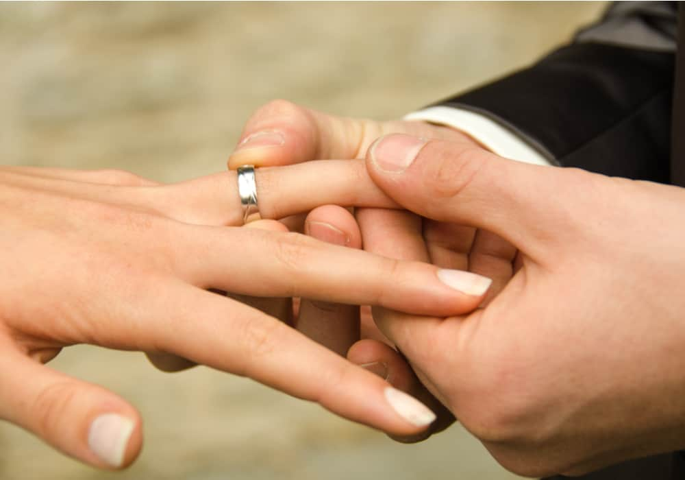 Promise Rings Everything You Need to Know 1