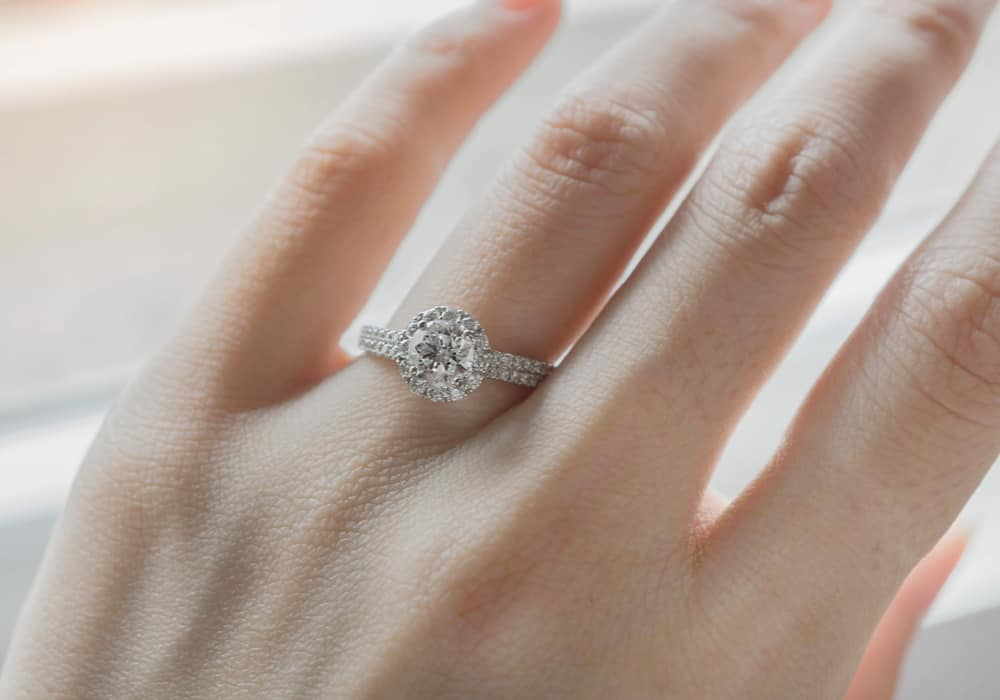 13 Tips to Make a Ring Smaller