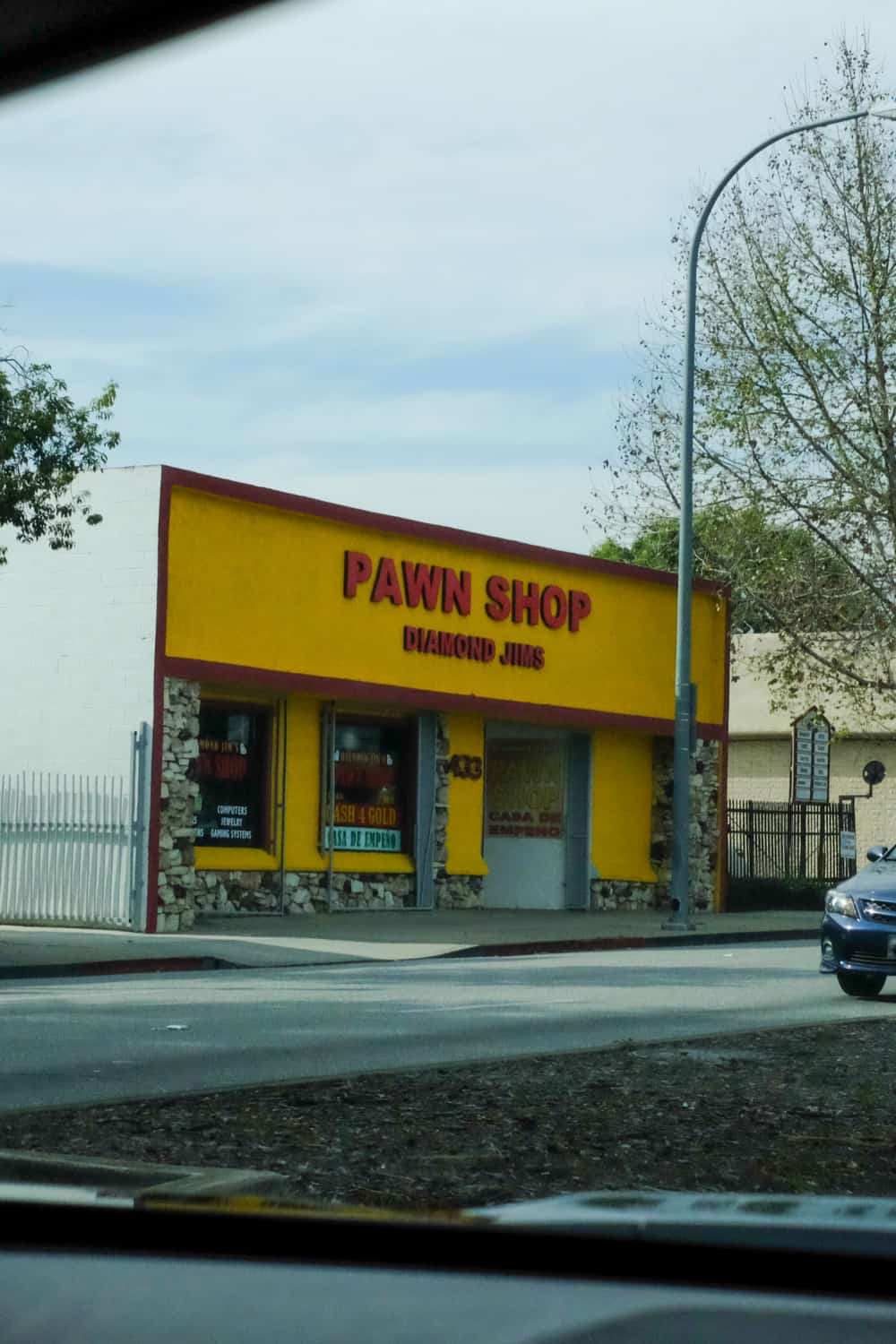 Tips on Doing Business with Pawn Shops