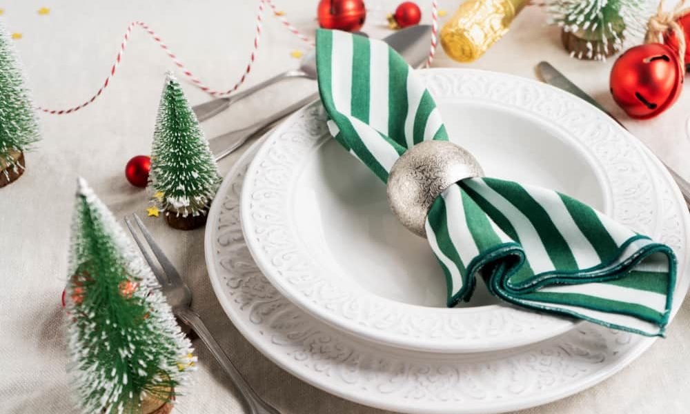 how to fold napkin with ring