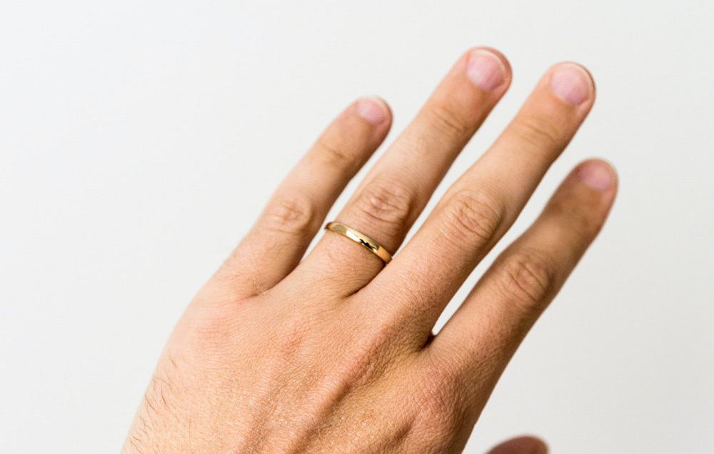 how to keep rings from turning your finger green