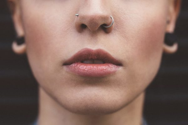 How to Put In Nose Rings? Different Types Different Ways