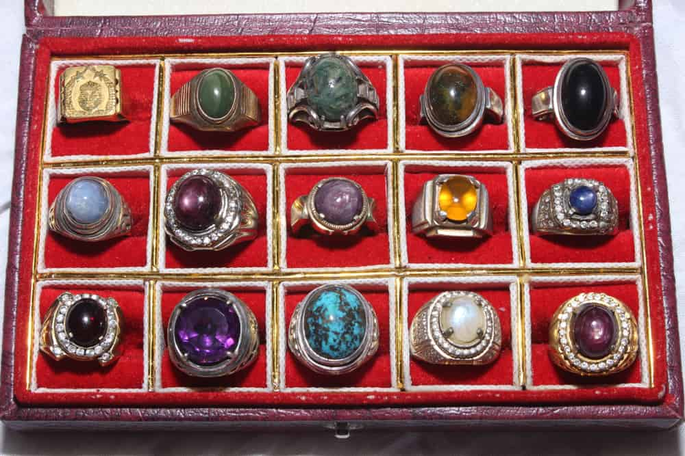 types of stones for rings