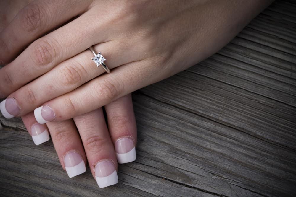 15 Tips to Buy Princess Cut Engagement Rings