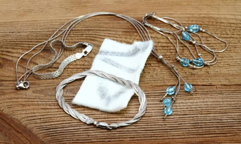 6 Ways to Clean Sterling Silver Chain