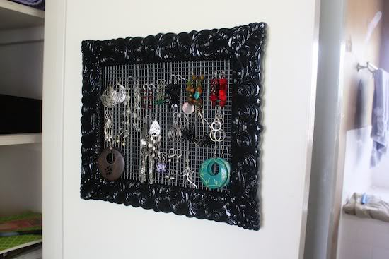A Wall-Hanging Necklace Holder – Love & Renovations