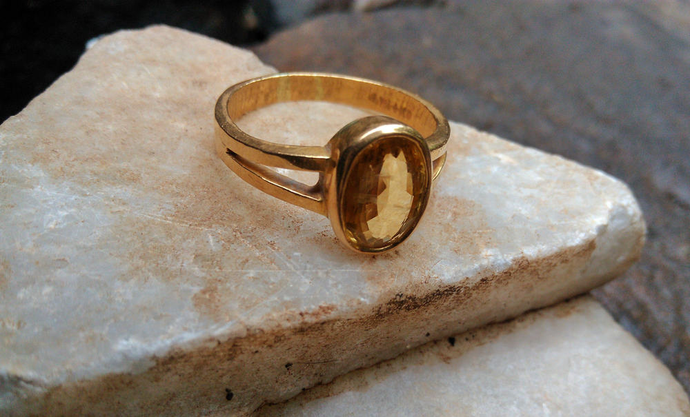 Cleaning Gold With Glued-In Gemstones