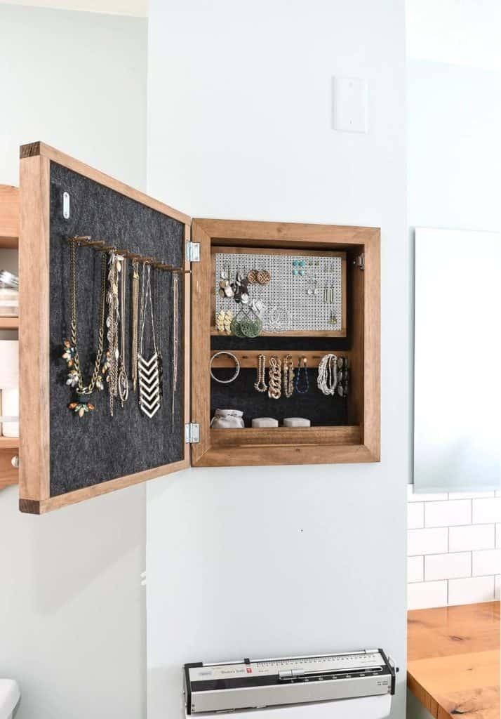 DIY Wall Jewelry Organizer – Houseful of Handmade