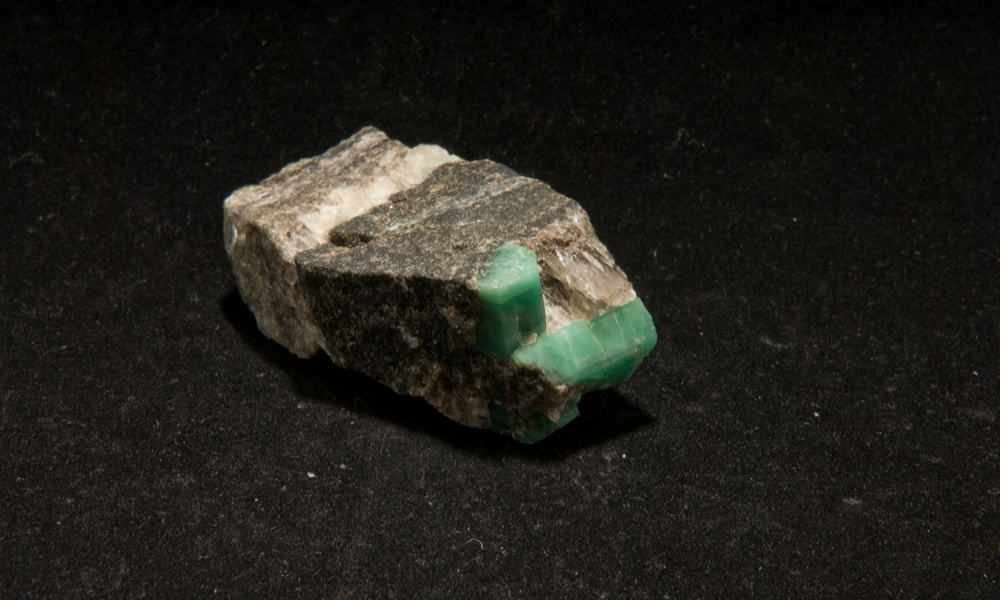 Emerald vs. Diamond - Difference in Inclusions