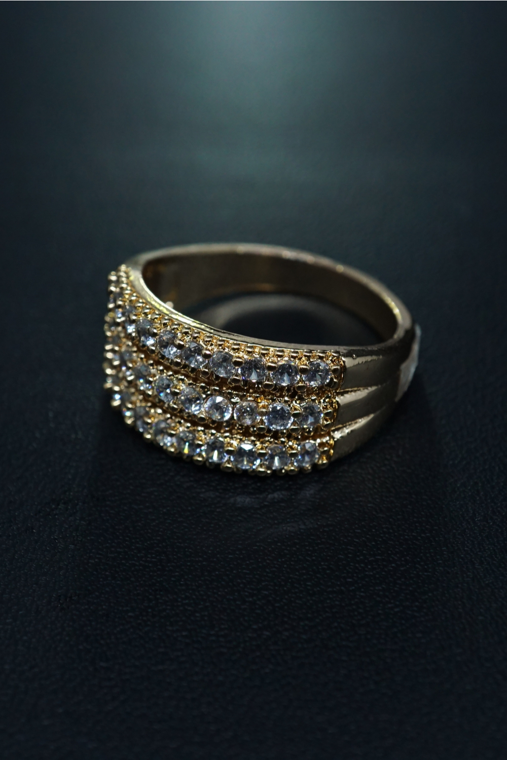 How to Maintain Black Gold Jewelry