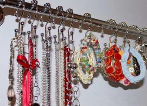 How to Make Your Own Earring Holder Frame – The Crafty Blog Stalker