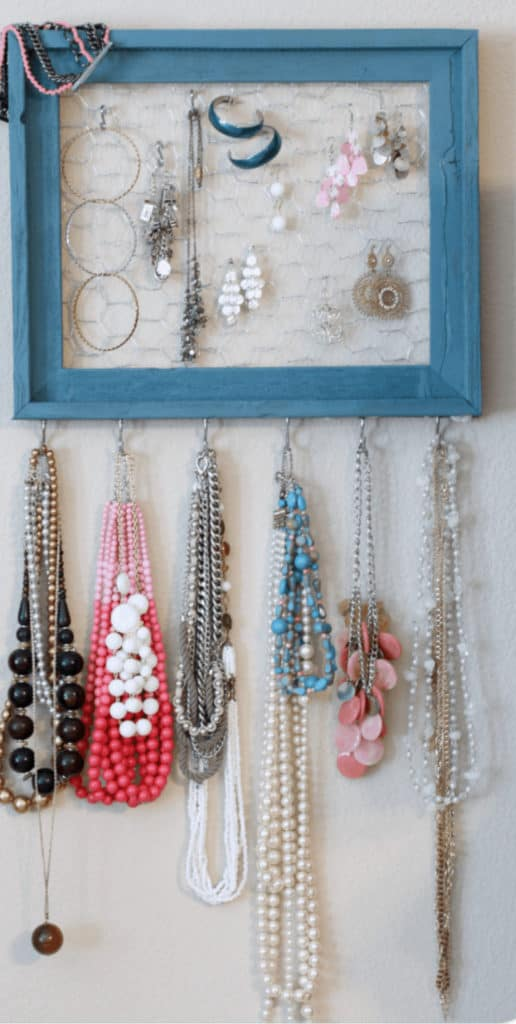 How to Make a Jewelry Organizer – The Pinning Mama