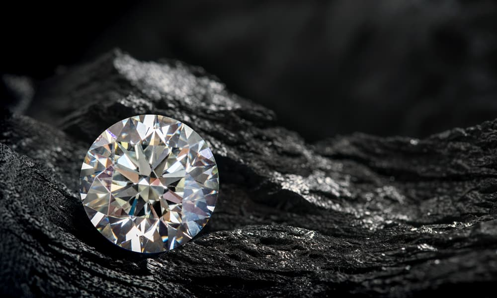 Is A Fluorescent Diamond Worth Buying
