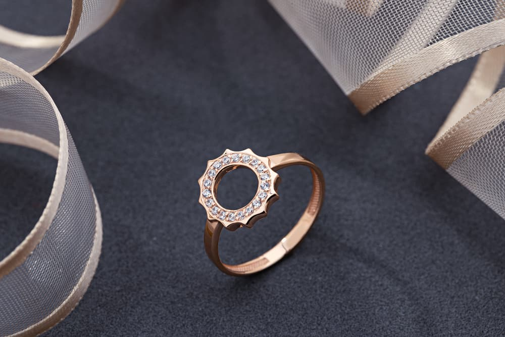 Red Gold vs. Pink Gold vs. Rose Gold What's the Difference