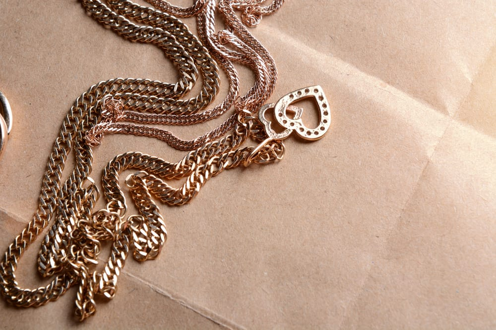 Ways to Prevent Gold Jewelry from Discoloration
