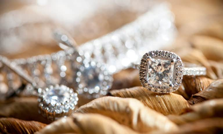 50 Meanings of Diamond (Scientific, Religious, Psychologic, Political, Marriage)