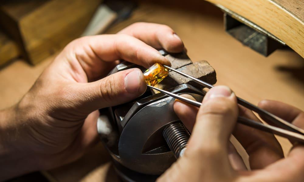 6 Easy Steps to Polish Gemstones with a Dremel