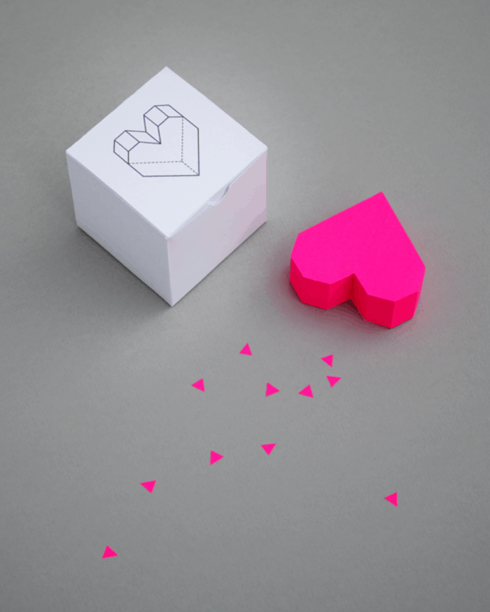 Boxed Geometric Heart – MINI ECO