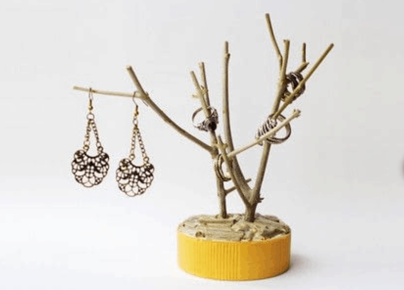 DIY Branch Jewelry Holder – How to Make a Jewelry Tree