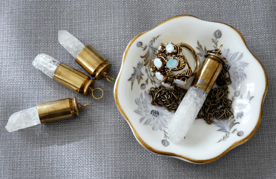 DIY Bullet Shell Casing Necklace – Dans le Lakehouse