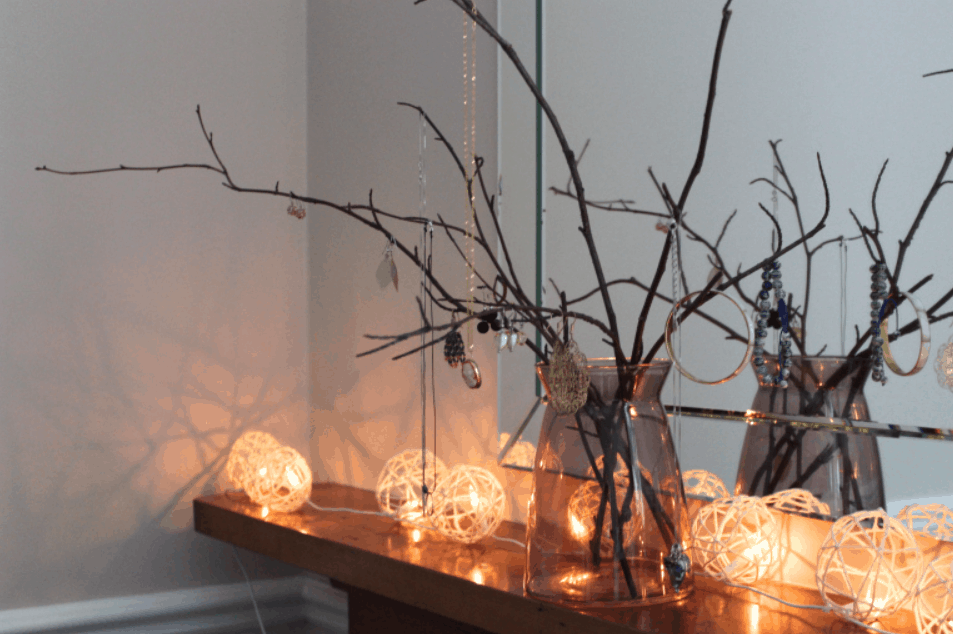 DIY Jewelry tree – The Conscious Student