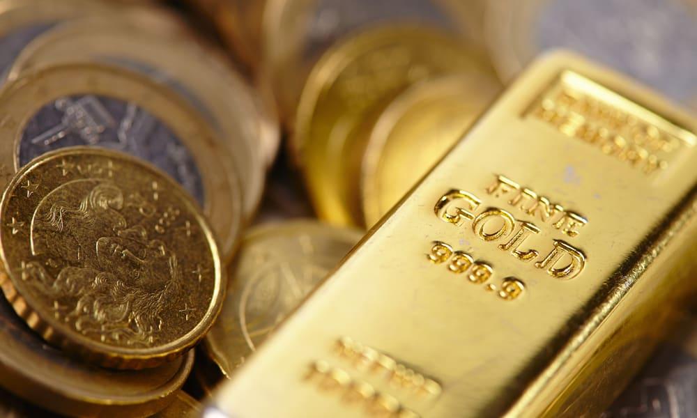 Gold bars vs. gold coins