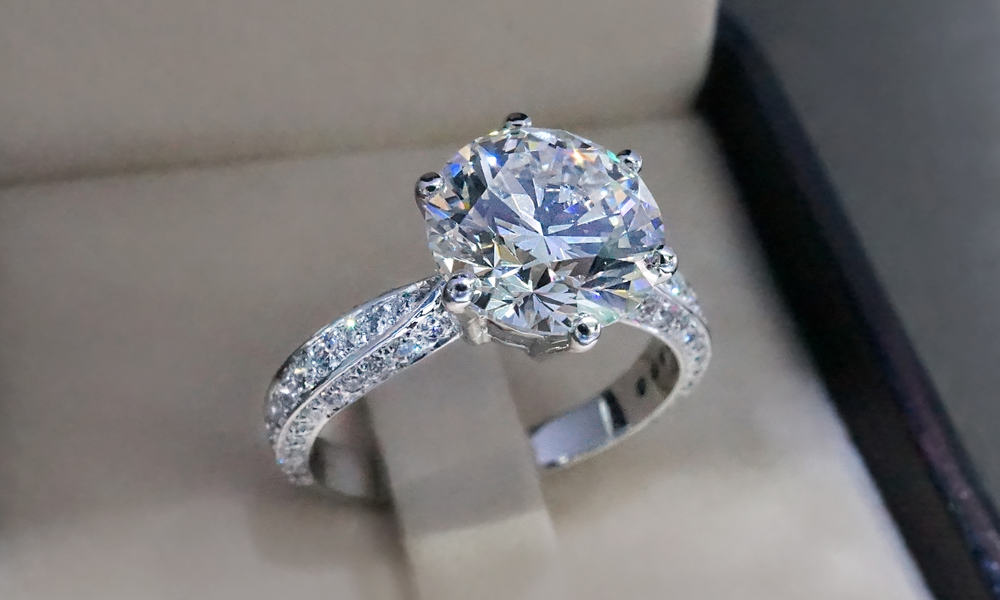 How Much Does It Cost To Reset a Diamond Ring