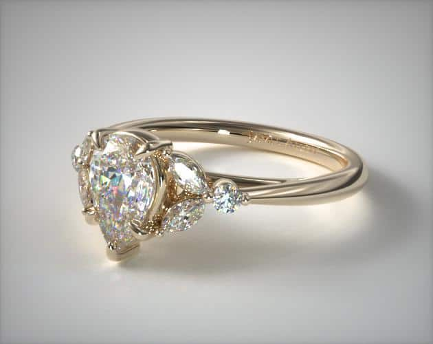 Laurel Leaf Pear-Shaped Ring