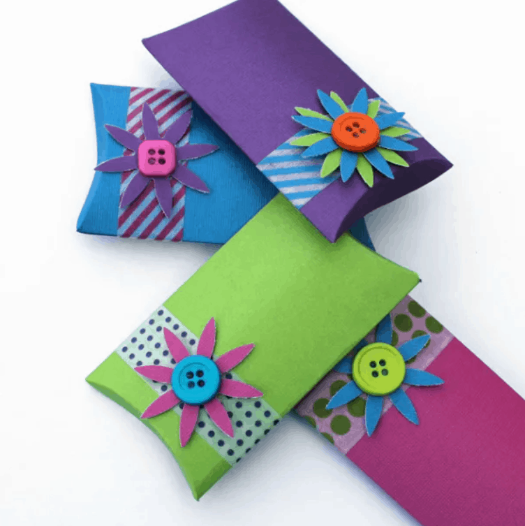 Make Your Own Pillow Boxes – Lines Across