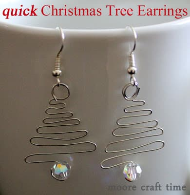 Quick Christmas Tree Earrings – 30 Minute Crafts