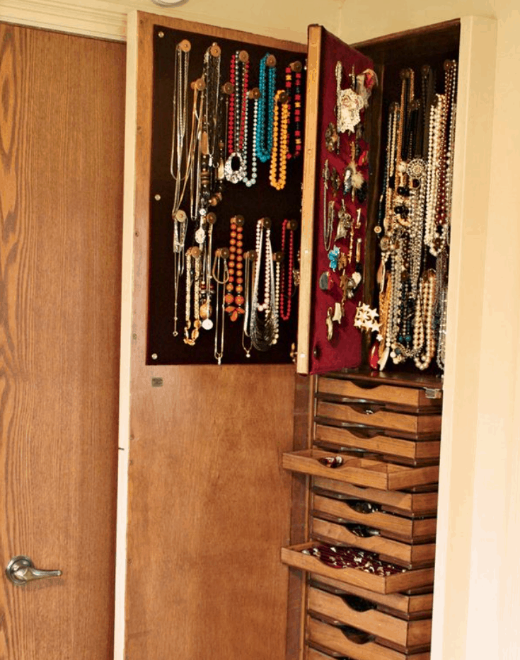 Reader Project Built-In Jewelry Cabinet – The Family Handyman
