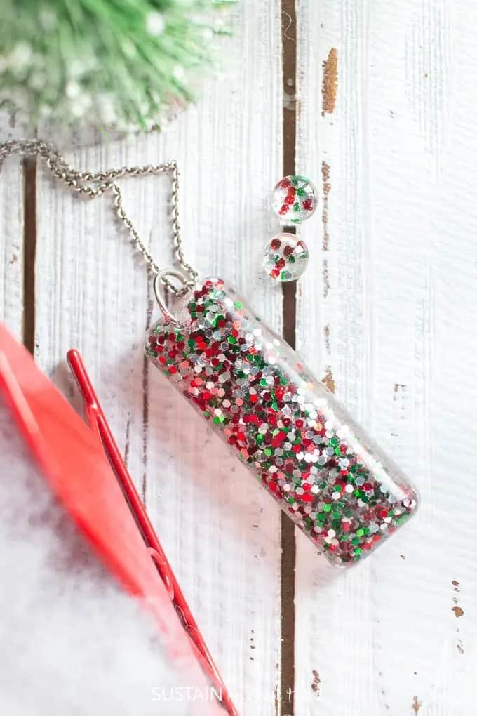 Resin Christmas Earrings – Sustain My Craft Habit
