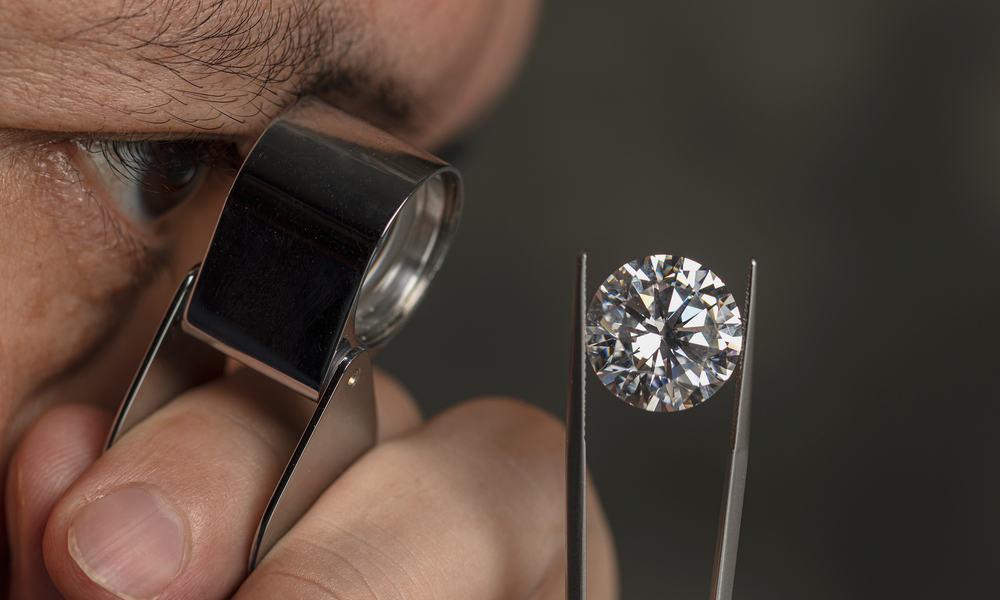 What Is a 1.5 Carat Diamond
