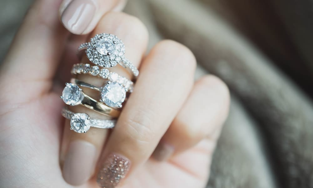 White Gold vs. Yellow Gold Engagement Ring